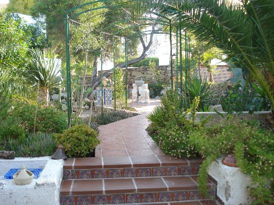 Family Agua Amarga: The stunning garden