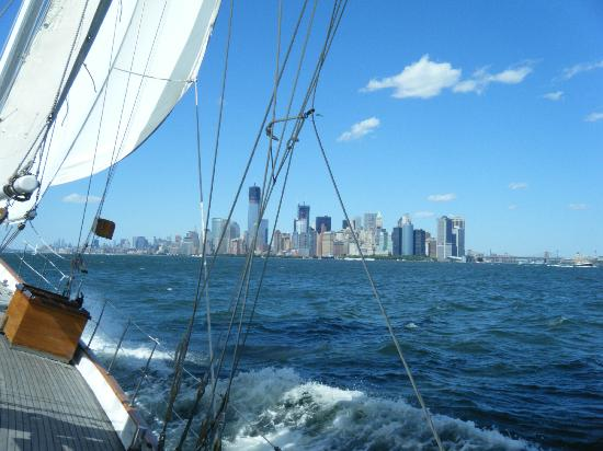 Manhattan by Sail - Shearwater Classic Schooner : Shearwater Sailing