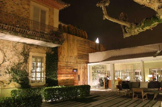 El Celler de Can Roca Outside patio & Outside patio - Picture of El Celler de Can Roca Girona - TripAdvisor