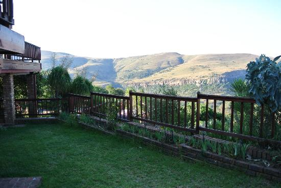 Acra Retreat - Mountain View Lodge - Waterval Boven: the view