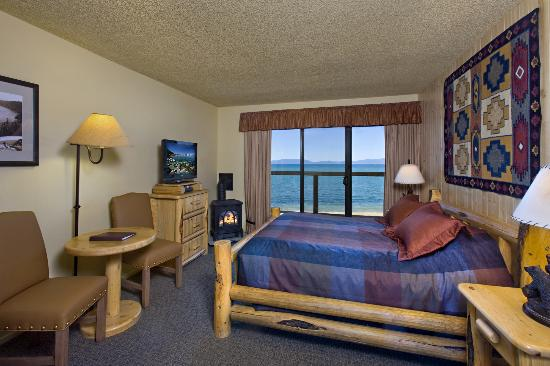 Tahoe Lakeshore Lodge and Spa: lodge queen rm