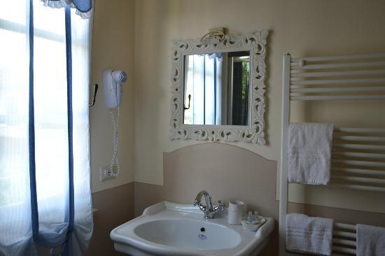 Casa Grischuna B&B: il bagno