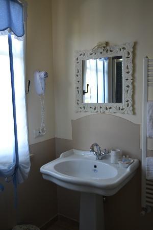 Casa Grischuna B&B: il nostro bagno