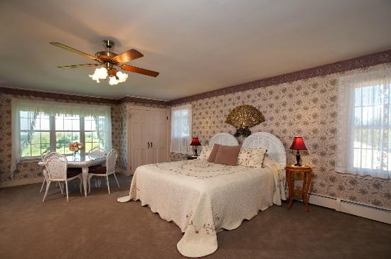 Maxwell Creek Inn Bed & Breakfast: Gaylord Suite
