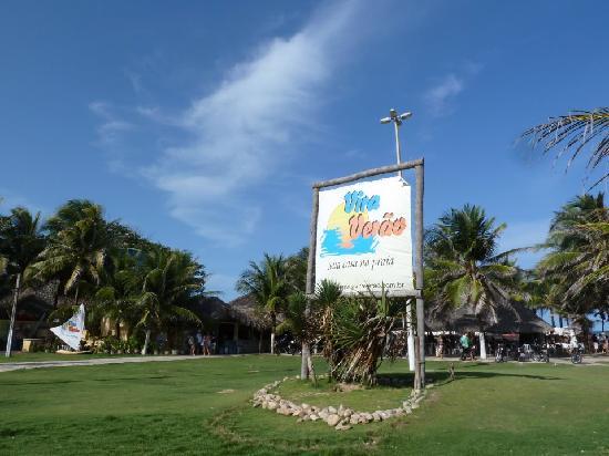 Vira Verao : Uma das barracas preferidas da Praia do Futuro.