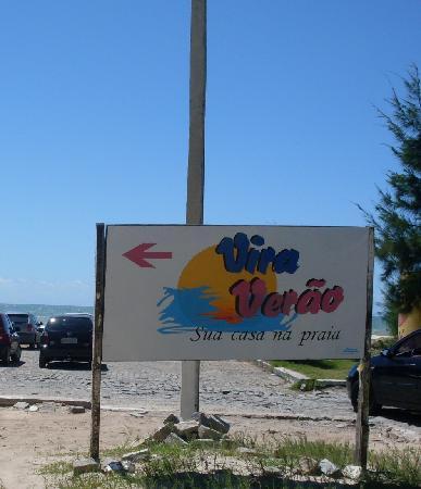 Vira Verao : Pequena área de estacionamento próprio além da extensão da orla marítima.