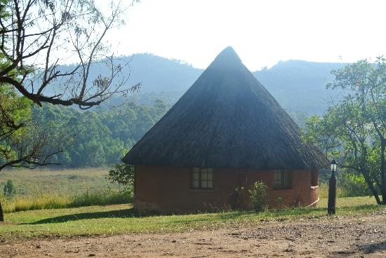Mlilwane Wildlife Sanctuary: Cute cabin with great views