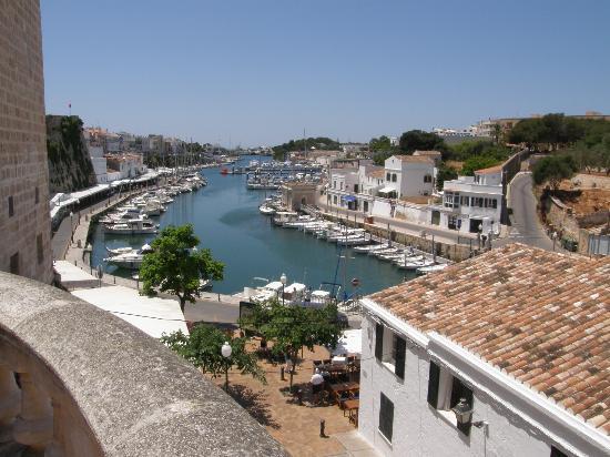 Los Lentiscos: Ciutadela Harbour