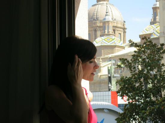Apartamentos Sabinas El Pilar: Fantástica vista del Pilar, desde la habitación