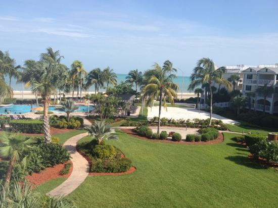 Hyatt Residence Club Key West, Windward Pointe: pool and green area