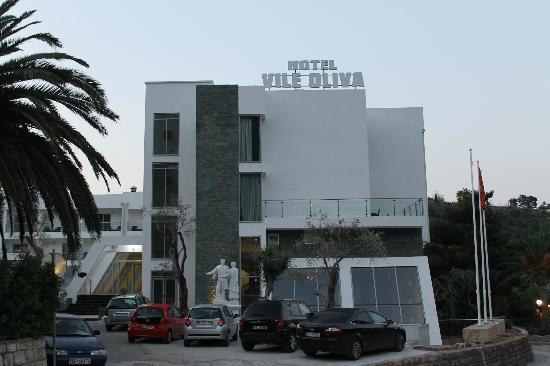 Petrovac, Montenegro: Отель.5 утра