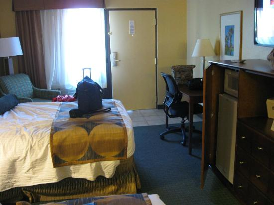 Best Western Gardens Hotel at Joshua Tree National Park: Inside the room