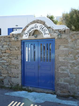 Hotel Spanelis: Ingresso hotel