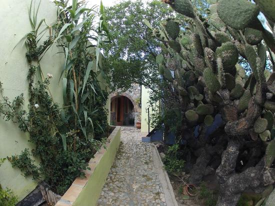 Refugio Romano: Camino hacia la habitacion Gris