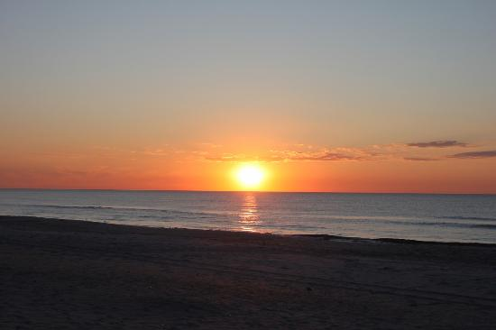 Assateague Island National Seashore Campground : Sunrise on Assateague Island