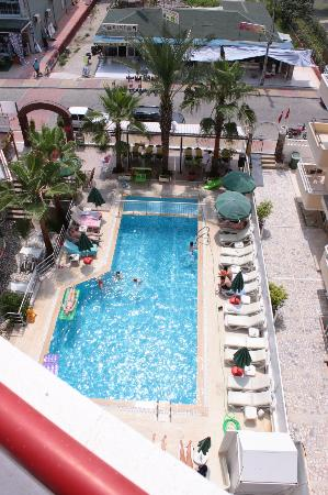 Semiz Apart Hotel: Pool