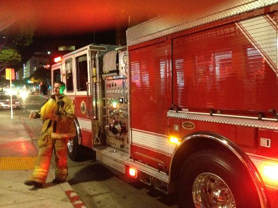 Hostelling International - Los Angeles/Santa Monica : Late night fire alarm. The firefighters were sound.