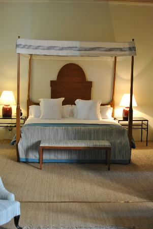 Boutique Hotel Can Cera : Suite Can Cera - canopied Majorcan bed