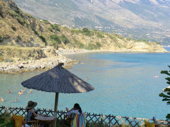 Karavados Beach Hotel: Local beach/cove