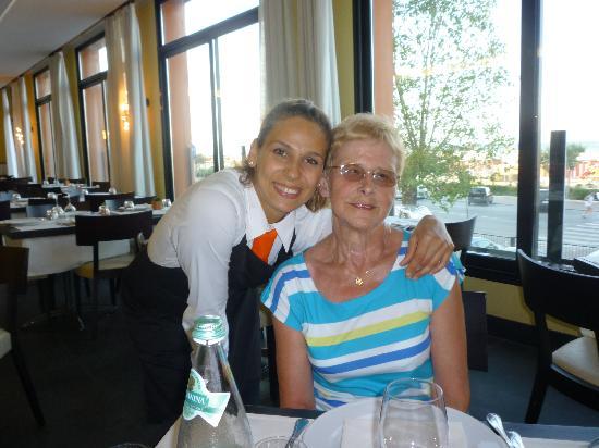 Hotel Corallo: Rita et Isabelle les foles du parfun