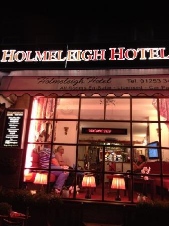 The Holmeleigh Hotel : HOLMELEIGH HOTEL
