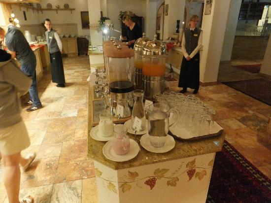 Hotel Alpenhof Hintertux: Breakfast 2