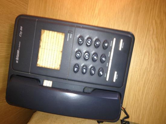 Ballyliffin Hotel: Dirty phone