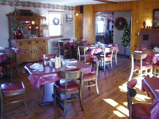 Village Motel & Country Haus Restaurant: breakfast.....anytime!!!!