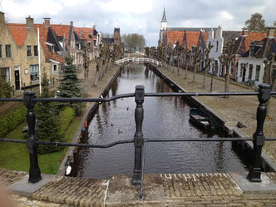 Holland Personal Tour Guide: Sloten, Friesland