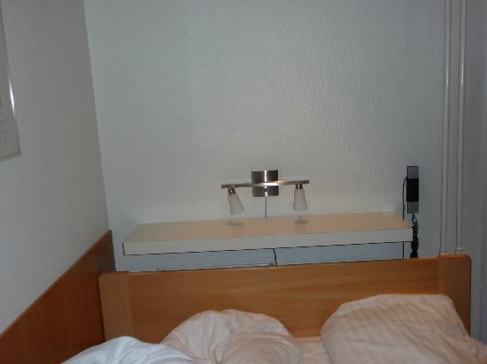 Saga Hotel: la  habitacion