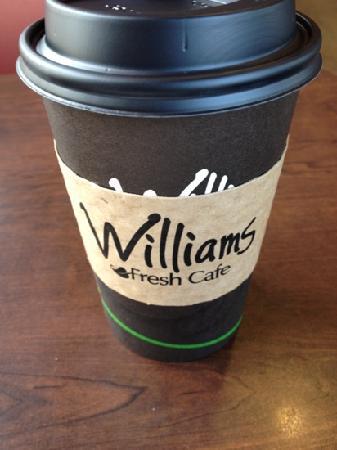 Williams Fresh Cafe: caramel latte