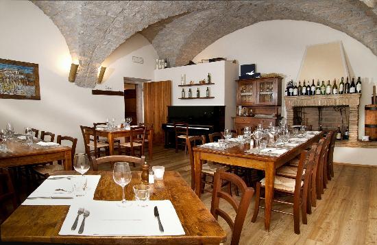 Osteria Le Servite : Sala pianoforte