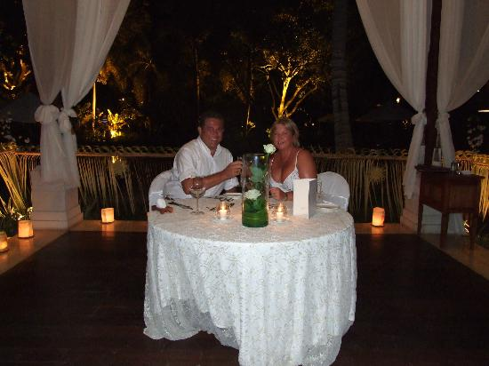 The Laguna, a Luxury Collection Resort & Spa: Lovely evening