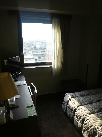 Hotel Route-Inn Minokamo: window