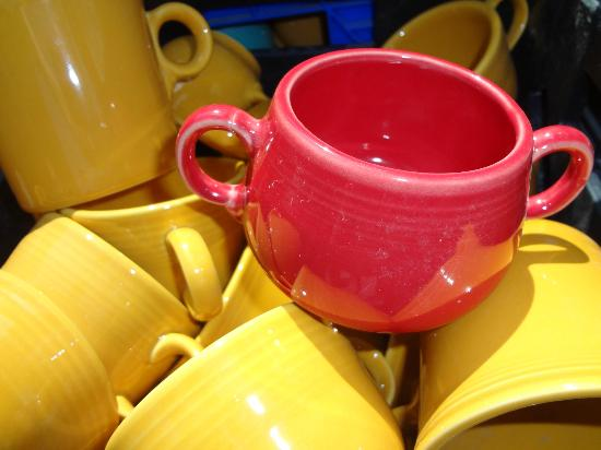 Newell, Virginia Barat: Fiestaware outlet
