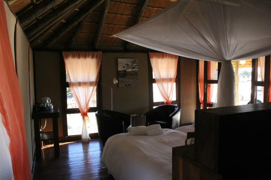 Hoodia Desert Lodge: Inside Room