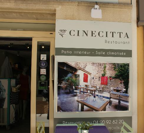 ArteModa Cinecitta : street view of the restaurant