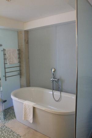 Hilton Windhoek: Bath