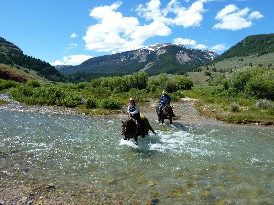 Red Rock Ranch: Crossing one of many streams