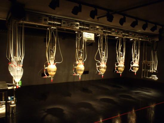 "Berriedale, Australie : the ""Cloaca"" poop machine installation @ MONA"