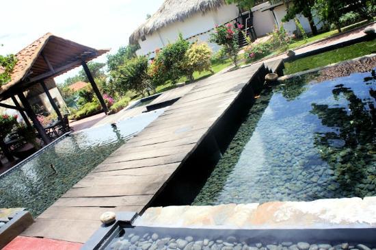 IKIN Margarita Hotel & Spa: Vista desde restaurante CC. Makeuplocalypse