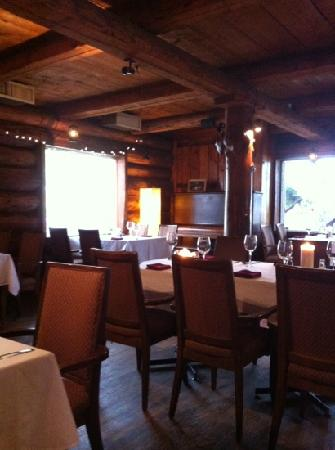The Kicking Horse Grill : interno