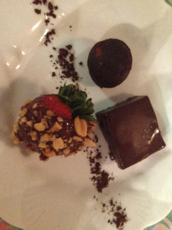 Pirates Point Resort: Delicious gormet desserts at every meal