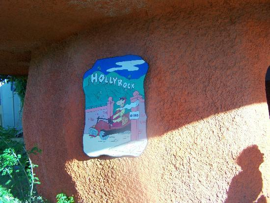 Flintstone Bedrock City: outside theater