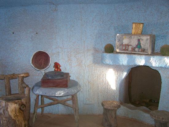 Flintstone Bedrock City: living room