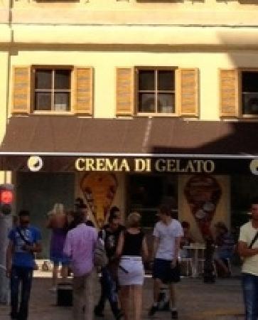 Photo of Italian Restaurant Crema di Gelato at 5 Rue De La Prefecture, Nice 06300, France