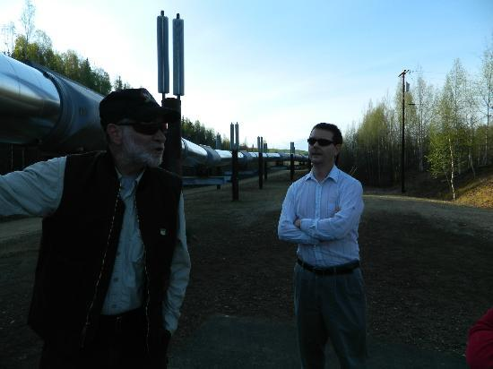 1st Alaska Tours: Learning about the Pipeline