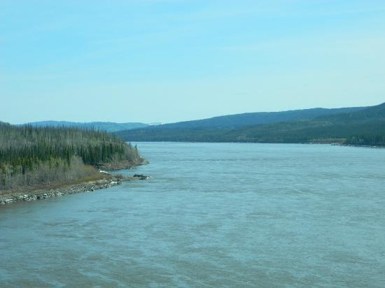 1st Alaska Tours: The Yukon River