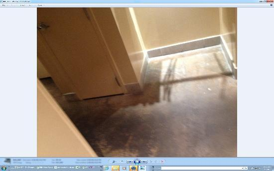 Spa Sydell Midtown at Brookwood Place : That isnt an unfinished floor - its just filthy