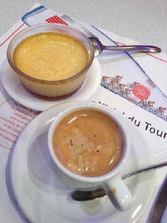 Cafe des Brancardiers : desserts and espresso